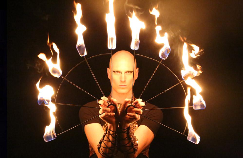 Fire-Fans-Show