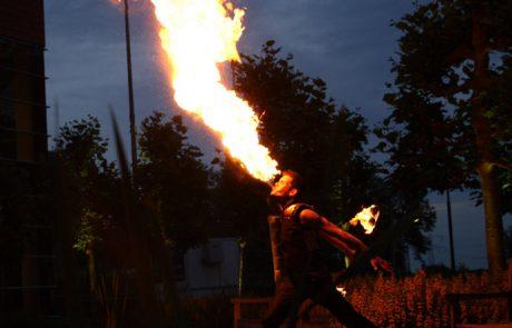 Vuurspuwen-Fire-Breathing